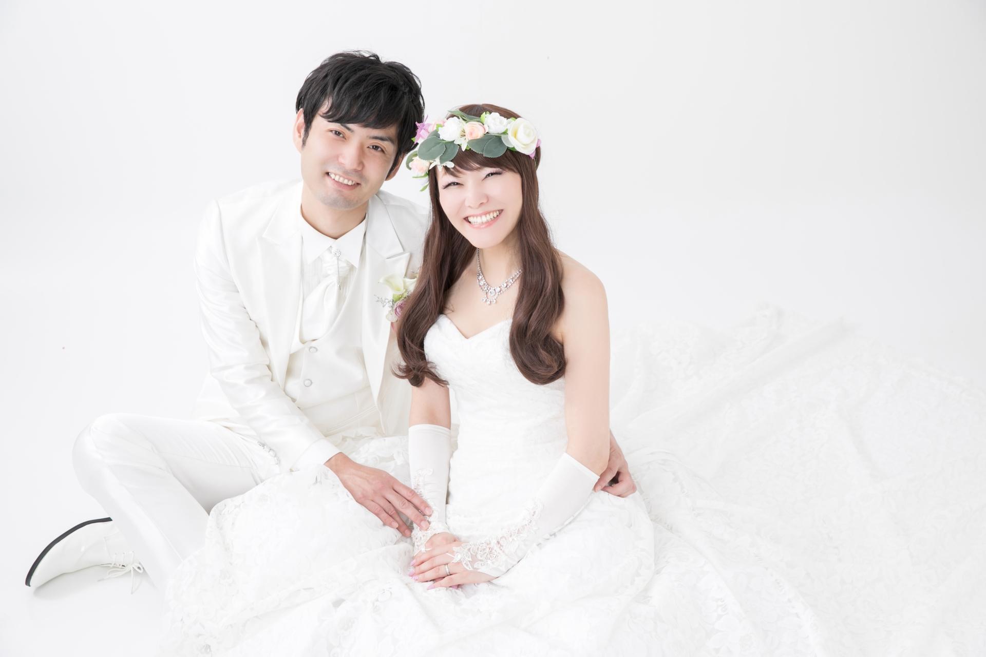 結婚相談所の平均成婚率は8%!サムシングブルーの成婚率は高い!